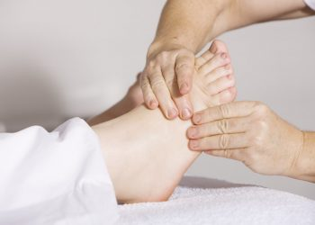Chiropractor – Good Reasons To Visit One For Pain Relief