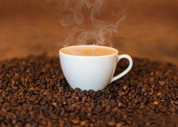 Grinding Coffee – The Advantages It Offers