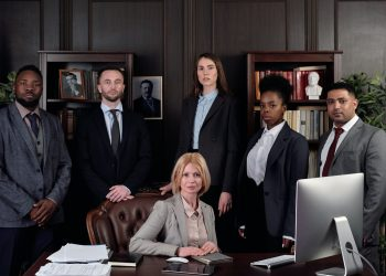 Finding A Family Lawyer – Basic Tips And Things You Must Double Check