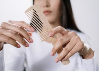 Knowing Which Type of Hair Brush is the Right One for You – Online Shopping Tips
